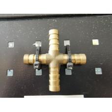 *четирипътник за маркуч метален Х6мм